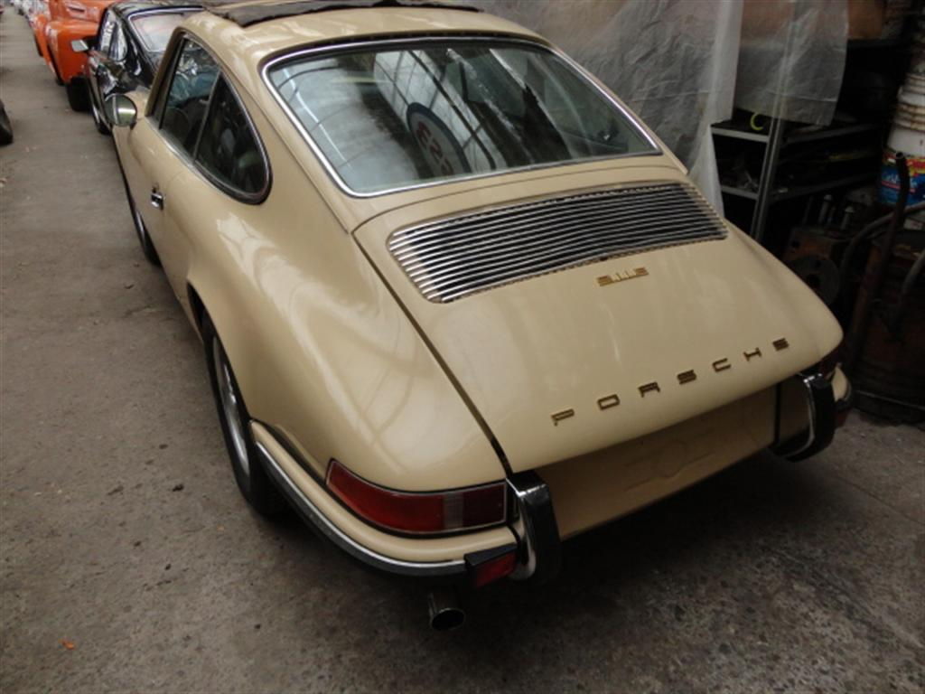 Porsche 911 E Sunroof Joop Stolze Classic Cars