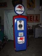 collectables-mobil-gas-pump